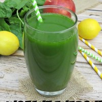 Instant-Energy-Cleansing-Green-Smoothie-Recipe
